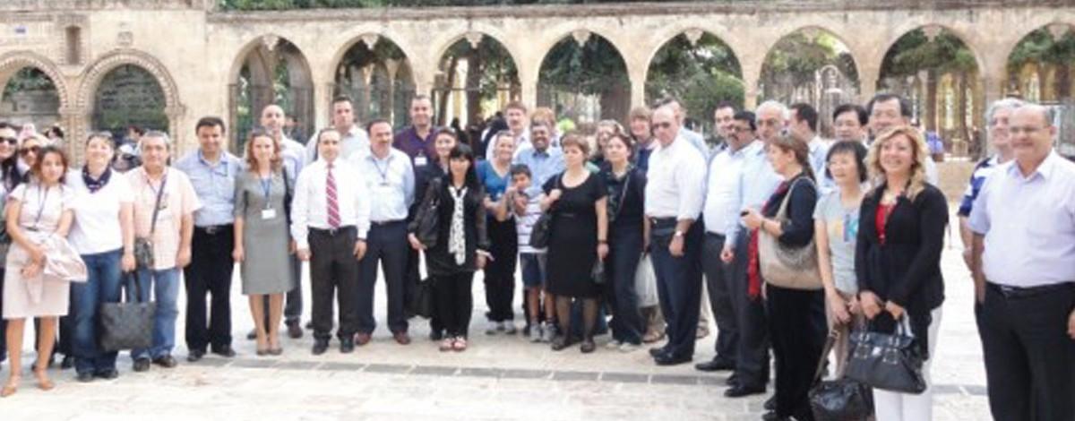 Call for Papers: Participants at HSBGI6 Pose for a Group Photo